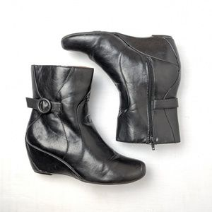 Naturalizer black booties wedge boots, size 11